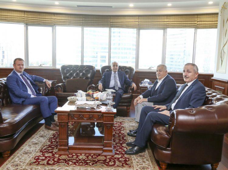 Bakan Fakıbaba,Ulusal Süt KonseyiBaşkanı Çallı'dan Süt Sektörünü dinledi